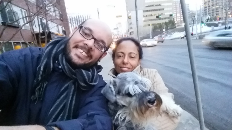 A família reunida num gelado passeio de fim de tarde