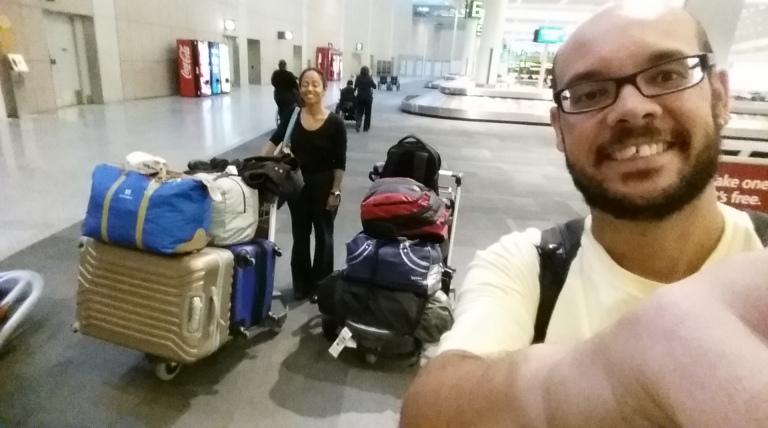 Olha a quantidade de malas...